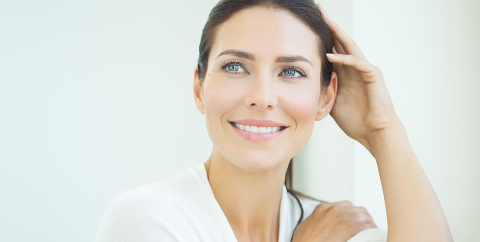 Three reasons to choose the dentist for facial rejuvenation